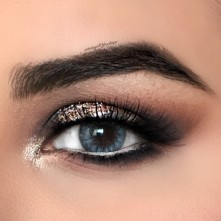 GLAM SMOKEY EYE