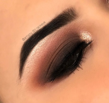 CHOCOLATE SMOKEY EYE