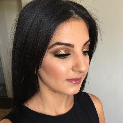 Soft and Smokey gold eye! - GTA Makeup Artist